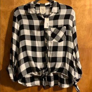BLACK AND WHITE FLANNEL! NEW WITH TAGS!